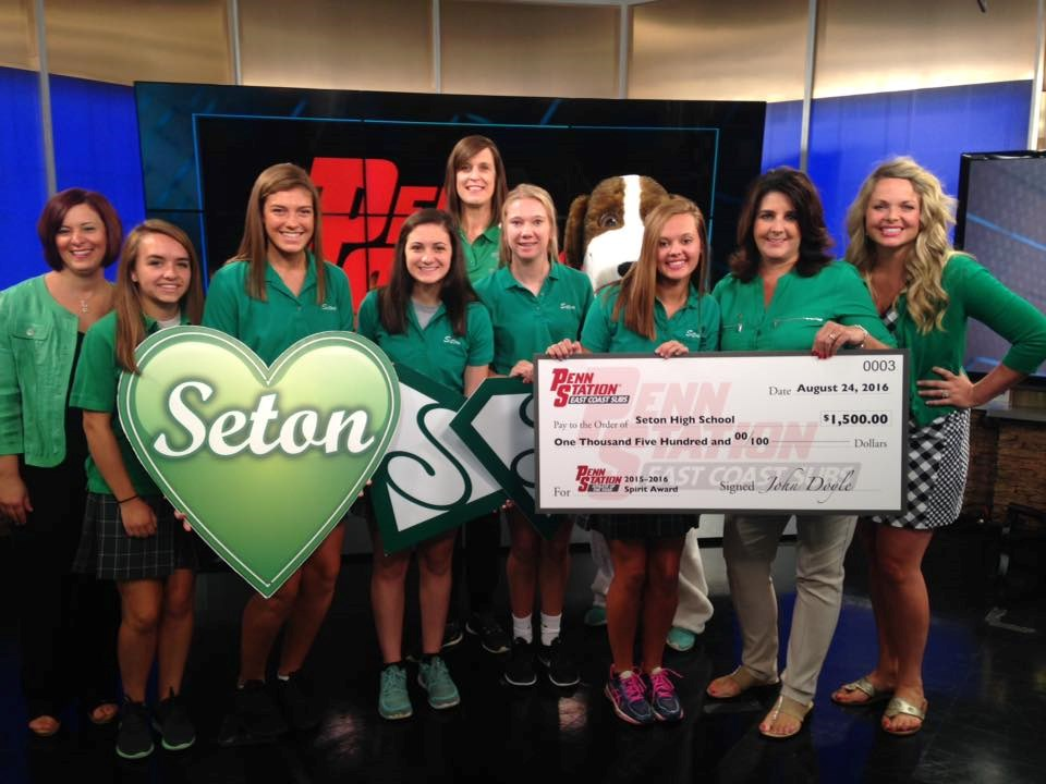 Seton wins 2015-2016 School Spirit Award